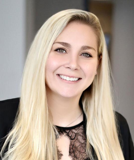 Elizabeth Ekstrom